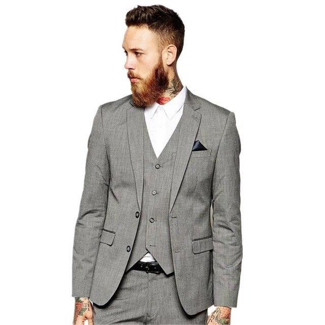 Nuevo diseño barato boda gris Trajes para los hombres (chaqueta +  Pantalones + Vest + 7ca1637ae29