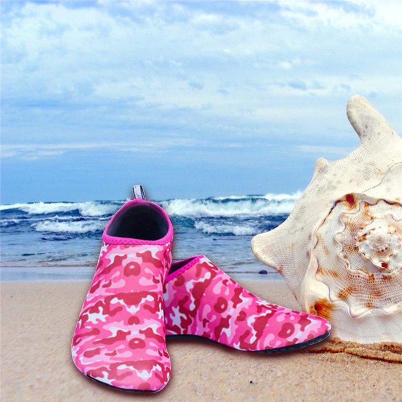 Купить с кэшбэком Yoga Summer Water Sports Camouflage Diving Socks Swimming Snorkeling Non-slip Seaside Beach Shoes For Adult Child Beach Camping