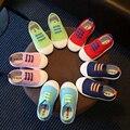 Crianças shoes lona 2017 meninos shoes meninas do bebê crianças crianças sapato menina menino sapatos sneakers moda de nova tamanho 21-30 para 2 ~ 6 anos F040