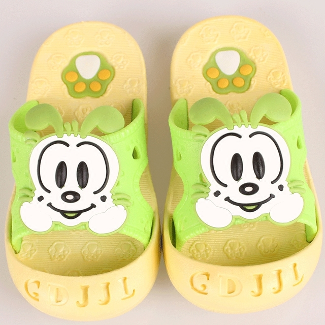Children's baby cute cartoon indoor and outdoor slippers girls and boys bathroom slippers slip-resistant outsole soft shoes