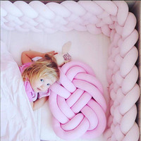 Hot Selling Innovative Handmade Knotted Knot Ball Home Baby Sweet Pillow Sofa Cushion Simple Car Decorative Pillows Cushions