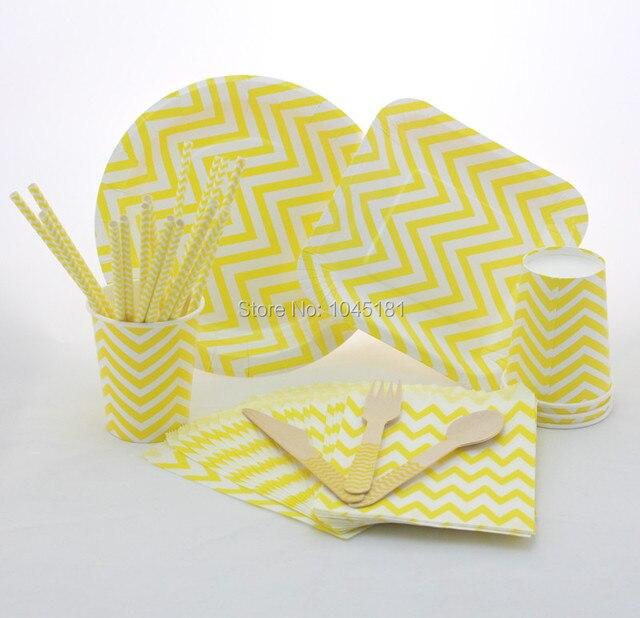 Promoção! Amarelo Chevron partido decoração de madeira Forks facas colheres placas de papel Chevron copos de papel canudos de papel sacos de papel
