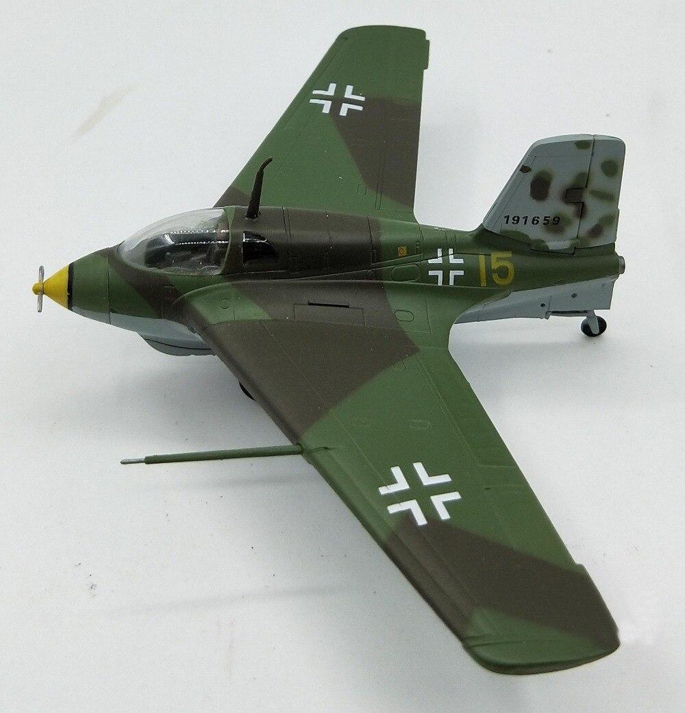 1:72  German ME163 Jet Fighter Model Trumpeter 36344 Collection Model