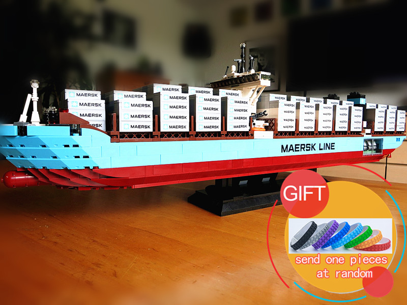 22002 1518Pcs The Maersk Cargo Container Ship Technical Series set Compatible With 10241 Building Blocks toys lepin 22002 1518pcs the maersk cargo container ship set educational building blocks bricks model toys compatible legoed 10241