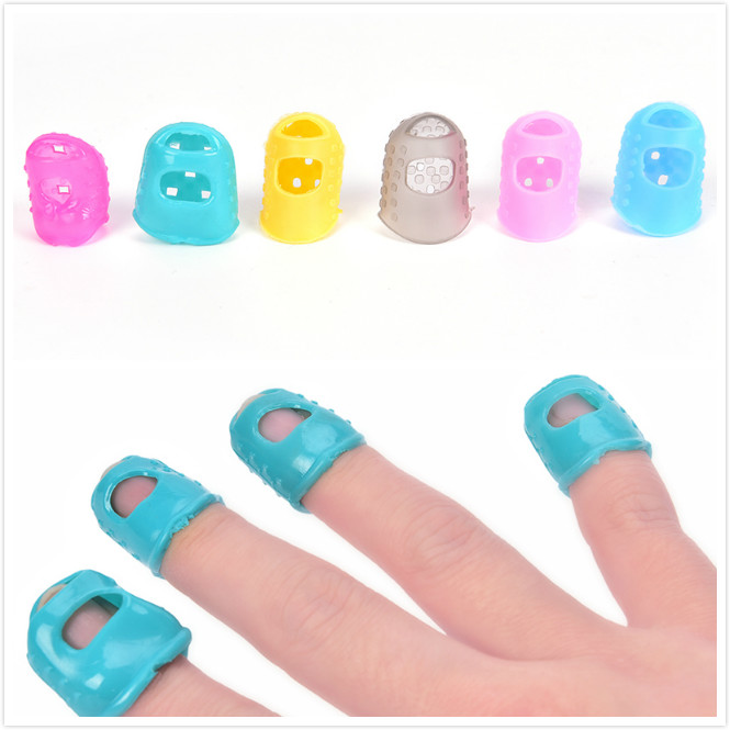 4Pcs Soft Fingertip Protector Fingerstall Silicone Guitar String Finger Guard Against the Press Finger Ballad Guitar Accessories