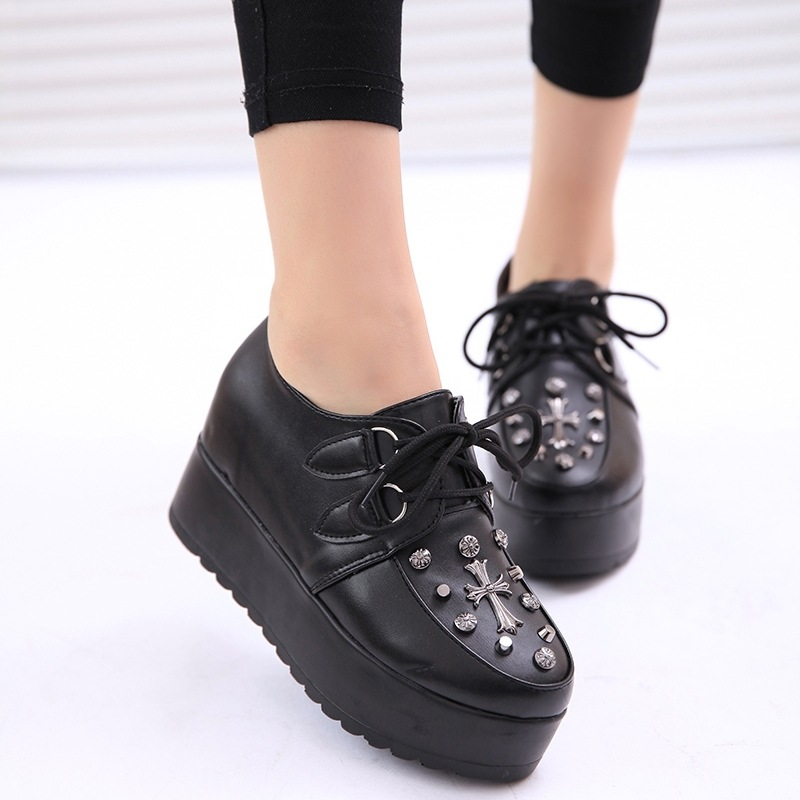 new spring fashion creppers heavy-bottomed trifle casual muffin shoes lace-up platform shoes women flats rivet women shoes black new women shoes fashion genuine leather spring autumn casual shoes lace up loafers shoes heavy bottomed platform white shoes