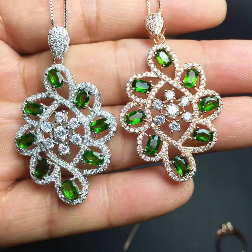 natural green diopside pendant S925 silver Natural gemstone Pendant Necklace trendy Luxury round string women party fine jewelrynatural green diopside pendant S925 silver Natural gemstone Pendant Necklace trendy Luxury round string women party fine jewelry
