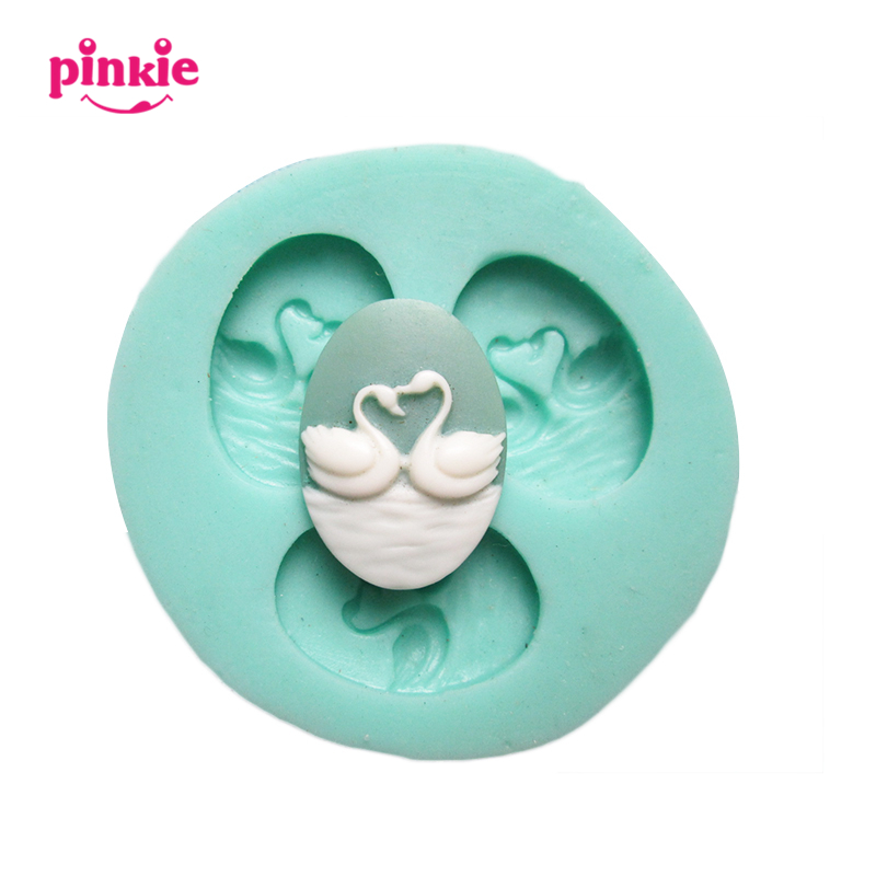 3 hole swans Arylic Resin Flower silicone mold,fondant molds,sugar craft tools,chocolate mould ,soap candle molds for cakes