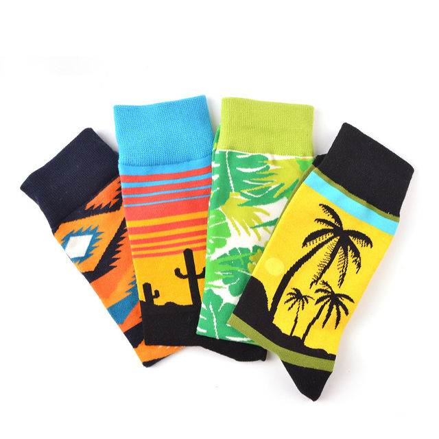 PEONFLY 2018 Autumn Personality Leaf Feather Coconut Tree Colorful Landscape Pattern Socks Man Stripes Ventilation Cotton Socks