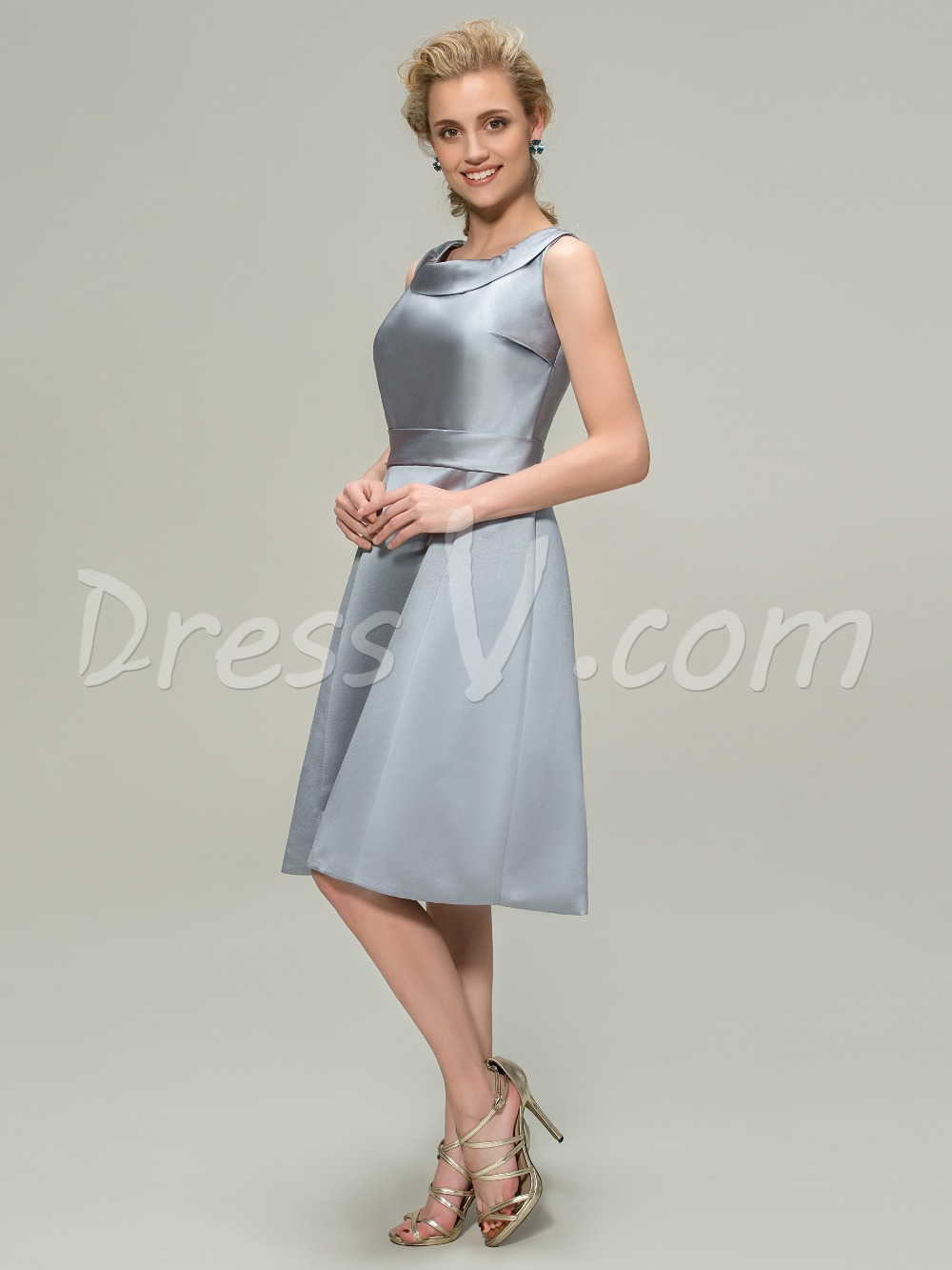 Elegant Knee Length Scoop Bridesmaid Dress Cheap A Line Silver Satin  Bridesmaid Gown Custom Made 11304084-in Bridesmaid Dresses from Weddings    Events on ... e442d4b61120