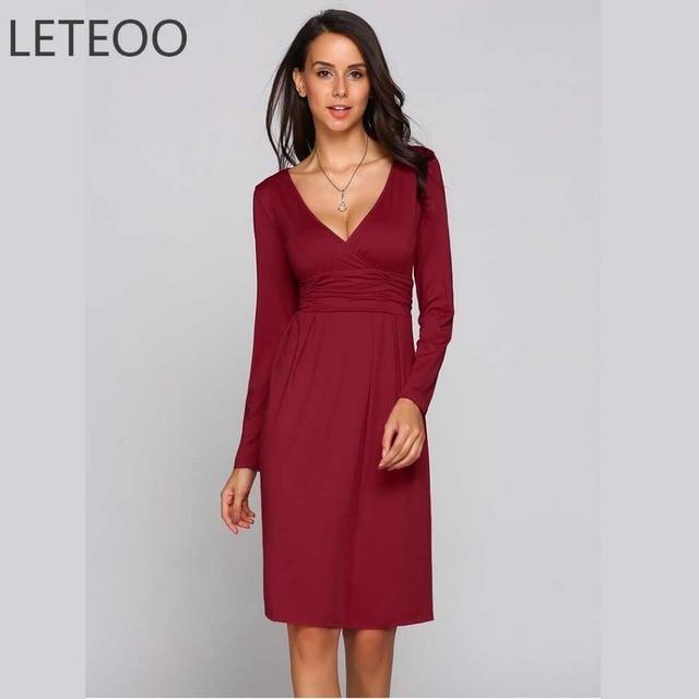 Kleid mit v ausschnitt elegant