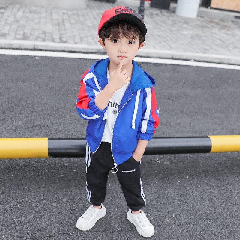 Бесплатная доставка, весенне-осенняя одежда для детей, парусиновые пальто, модная однотонная куртка для маленьких мальчиков, Детская Спорт...