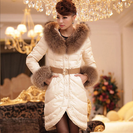 2015 New Hot Thicken Warm Winter Woman Down jacket Coat Parkas Outerwear Luxury Raccoon Fur collar Hooded Long Slim Plus Size 2015 hot new thicken warm woman down jacket coat parkas outerwear raccoon fur collar luxury slim long plus size xl hooded splice