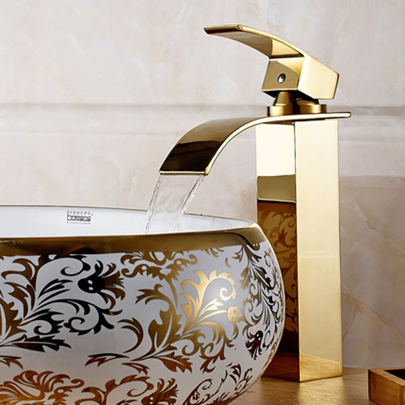 Copper gold antique Taiwan on the cold and hot water tap basin basin leading European waterfall basin faucet BasinCopper gold antique Taiwan on the cold and hot water tap basin basin leading European waterfall basin faucet Basin