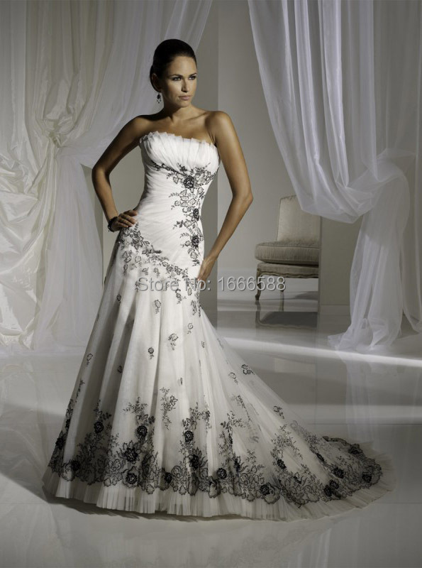 Free Shipping Wd 1884 Lace Gothic Black And White Wedding Dresses Old Fashioned On Aliexpress Alibaba Group