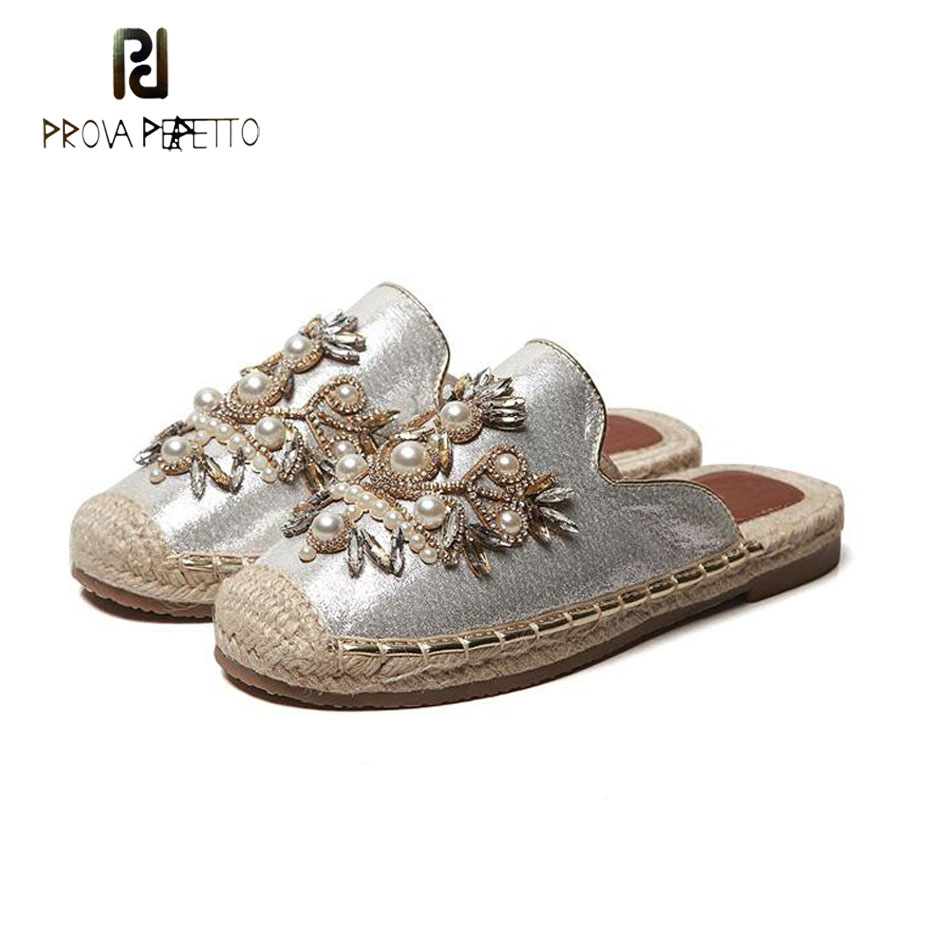 Prova Perfetto printemps été bijou décontracté plat pantoufle perle fleur plage flip flop extérieur chaussure paille semelle demi pantoufle femmes