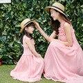2017 Летний Корейский полноценно шелковое платье Прекрасный Популярные Флоры decration платья для Матери и Дочери Семьи Style Clothing
