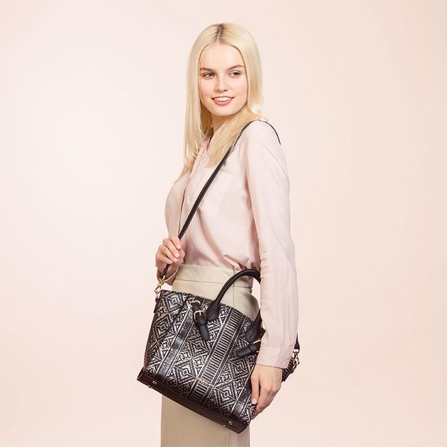 AMELIE GALANTI Luxury Leather Women Handbags Hard PU Leather Fashion Lady Geometric Pattern Messenger Bags Embossing Women Bags Top-Handle Bags