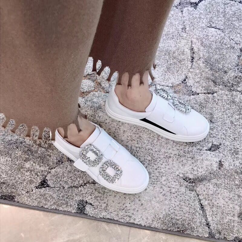 2018 Luxury Double Crystal Handmade Women Sneakers Fashion Silk Slip On Round Toe Flats Loafers Runway Party Wedding Shoes Woman цена 2017