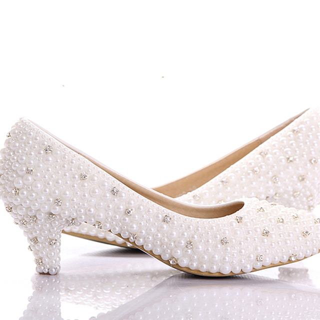 2018 Best white pearl Low heels shoes Custom make small heel bridal wedding shoes Celebrity Party Prom Dancing Shoes large size