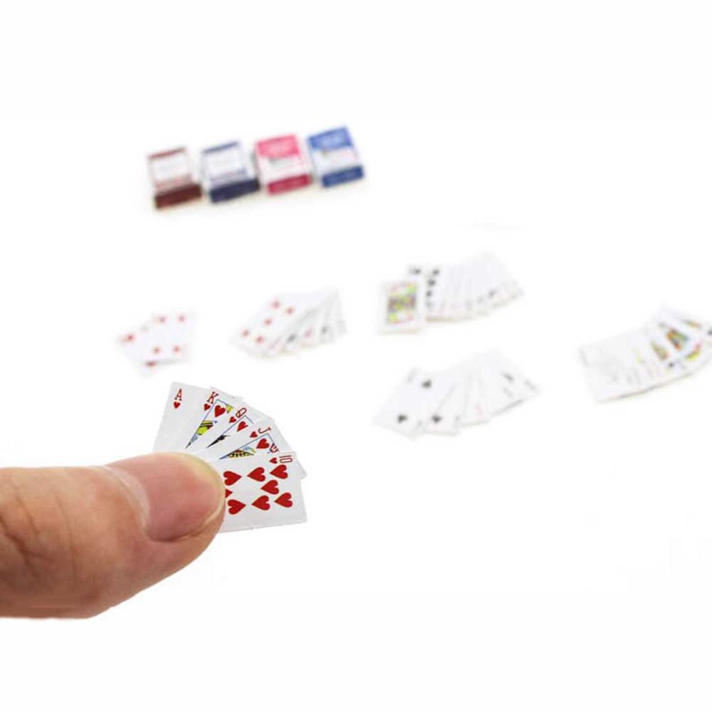 1/12 Dollhouse Miniature Accessories Mini Playing Cards   Simulation  Board Game Model Toys for Doll House Decoration