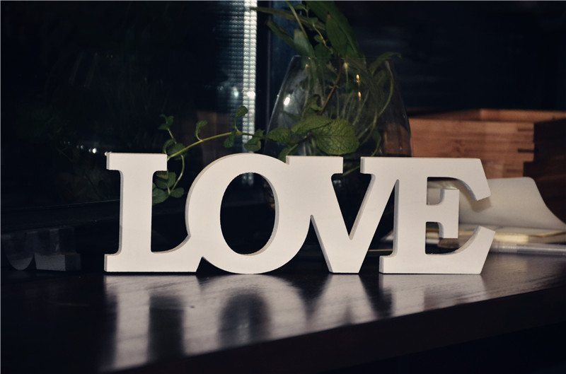 Любовное письмо Белый Свободностоящая слово Алфавит знак для дня рождения Свадебная вечеринка украшение подарок ремесла DIY пользу