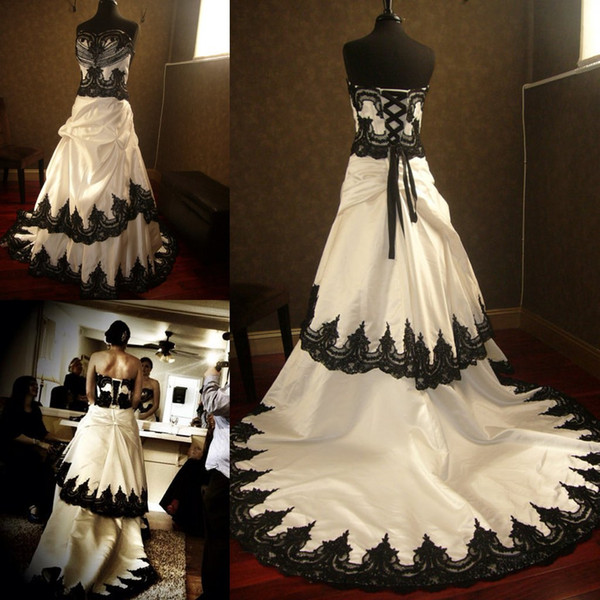 Black And White Wedding Gowns: Stunning Gothic Black And White Wedding Dresses 2019 Lace