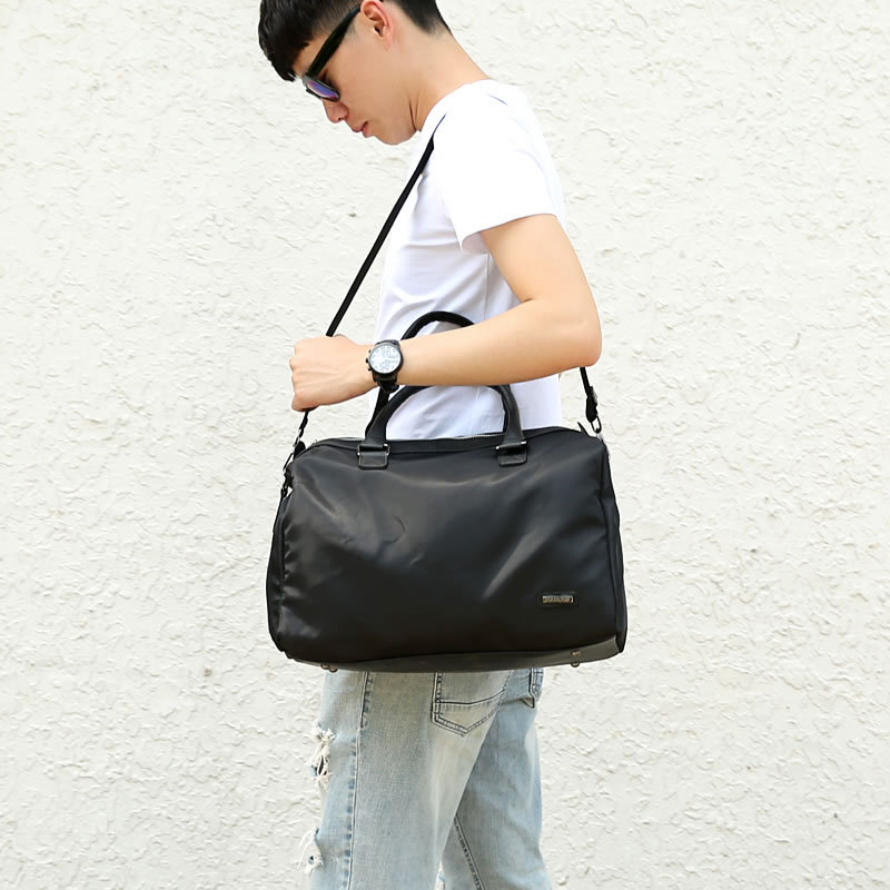 2018 New High Quality Male Men Travel Bags Protable Women Short Distance Travel Tote Waterproof Casual Black Travel Duffel Bag