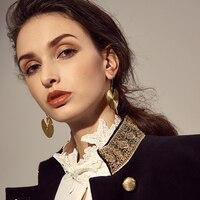 זרוק עגילי אירופה ואמריקה סגנון הפרזת מתכת צבע זהב עגול תכשיטי נשים עגיל עגיל להשתלשל מתנת המפלגה זול