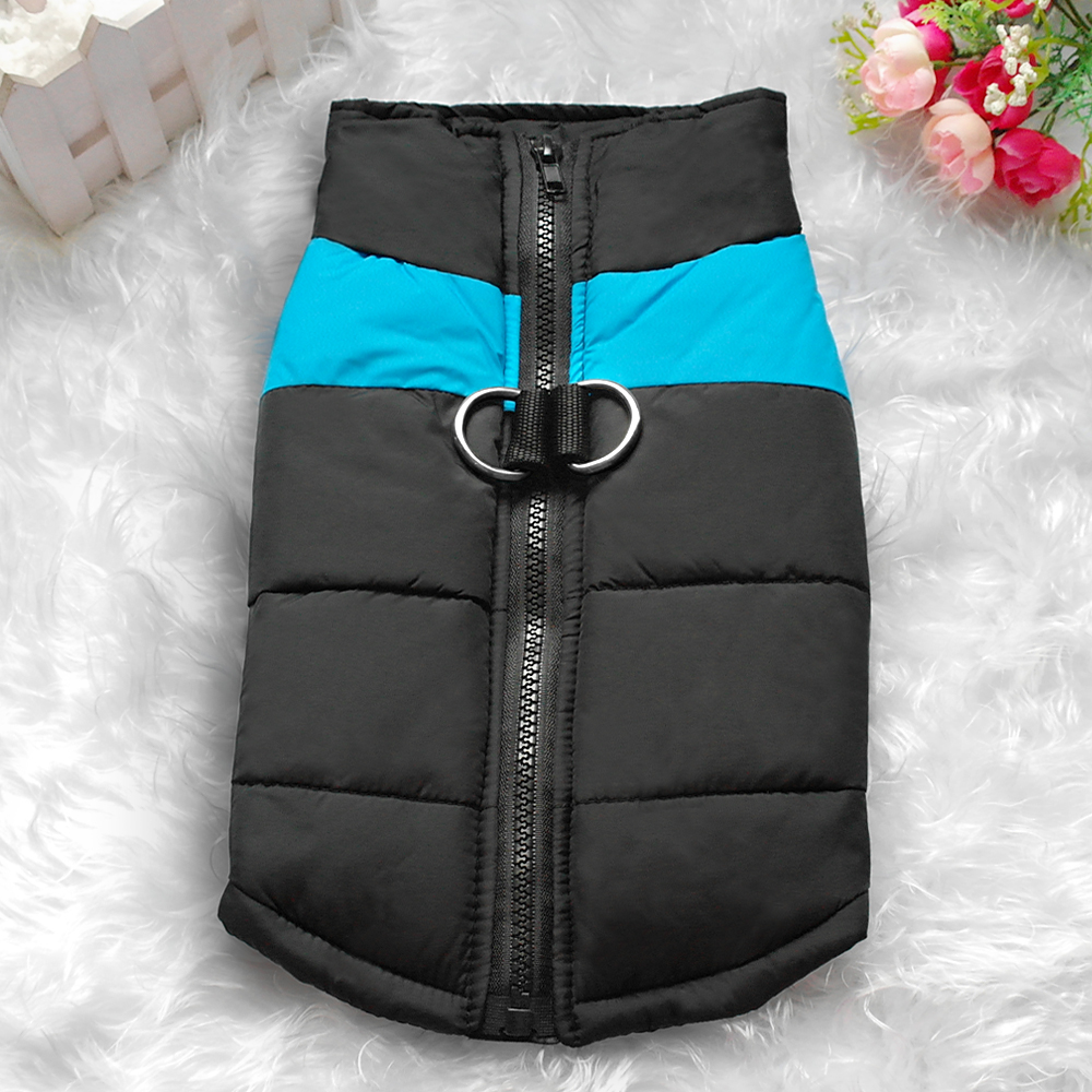 Waterproof Dog Jacket with Zipper for Large Dogs Made with Nylon Material 1