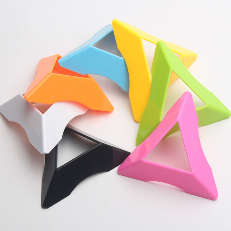 1 PCS/Lot Color Random Delivery Cube Stand Top Quality Speed Magic SpeedCube Plastic Cube Base Holder Educational Learning Toys