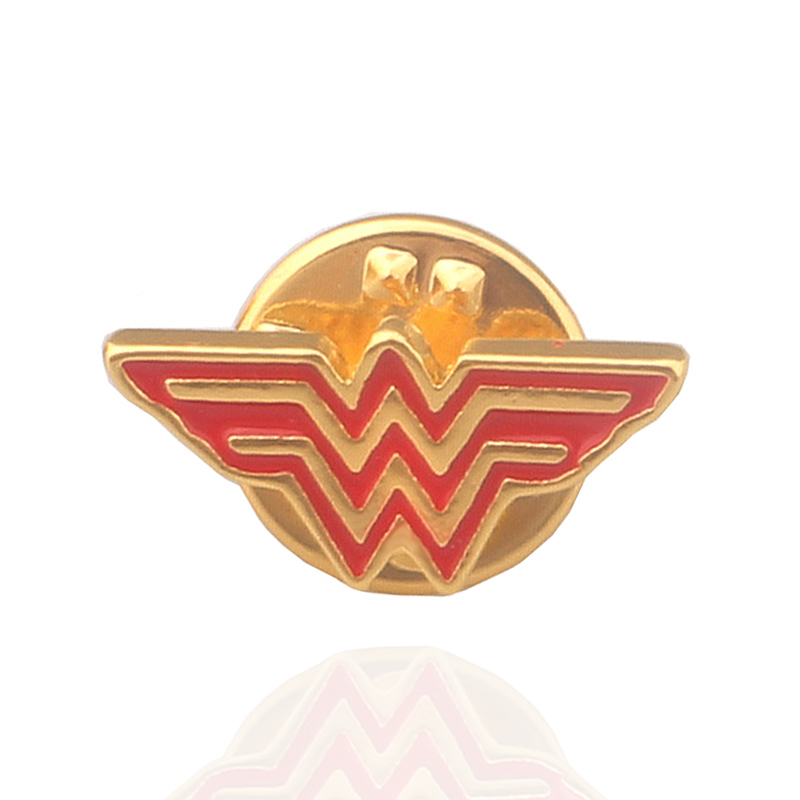 M2 New Fashion Wonder Woman Metal Brooches For Women High Quality Gold Color Superhero Red Enamel Lapel Pins