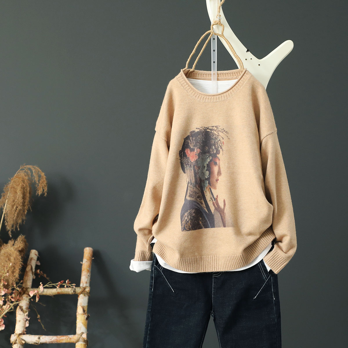 Chinese Style Drama Character Printed Lady Knitted Women Sweater Casual Round Neck Female Bottom Sweater Tops
