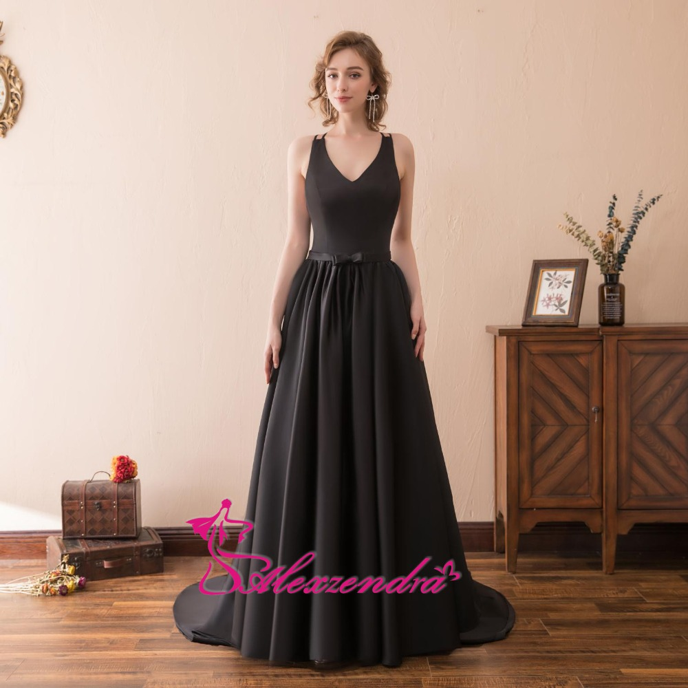 Alexzendra Stock Dress V պարանոցի երկար շարքով - Հատուկ առիթի զգեստներ - Լուսանկար 1