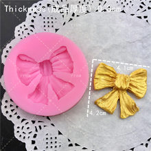 M0226 Cartoon Crown & Bow Tie Silicone Fondant Cake Mold Cupcake Jelly Candy Chocolate cake Decoration Baking Tool Moulds T0218