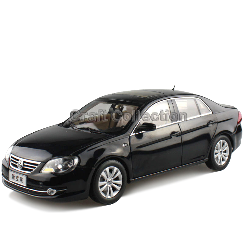 * Black 1:18 Volkswagen VW BORA 2009 Die Cast Model Car Metal Sedan Model Festival Gifts Mini Vehicle