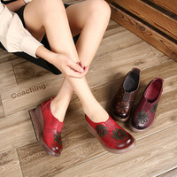 Women 5 CM High Heels Genuine Leather Women Shoes Autumn 2018 Flower Wedge Pumps Women Leather Lazy Shoes Handmade Retro Heels