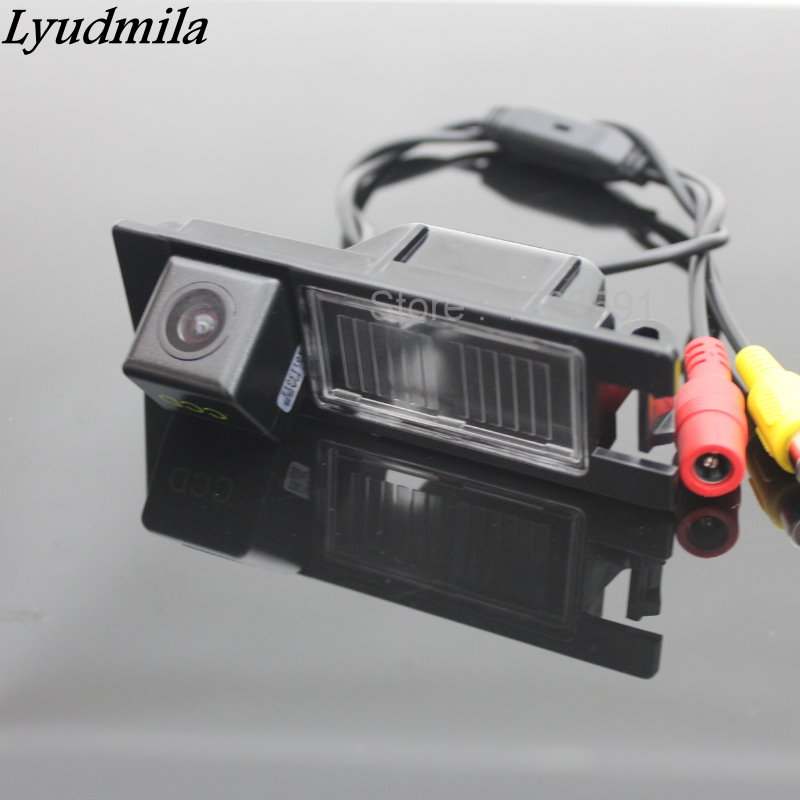 Car Rear View Camera FOR Alfa Romeo 156 / 159 / 166 / 147 Back Up Reverse Camera / HD CCD RCA NTST PAL / License Plate Lamp OEM