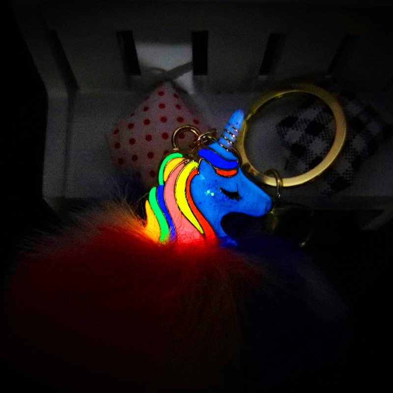 Unicórnio Chaveiro Pokemon Chaveiro Brilhante à Noite Fluffy Balls Jóias Pingentes para Sacos de Decoração Acessórios Do Telefone Chave Do Carro