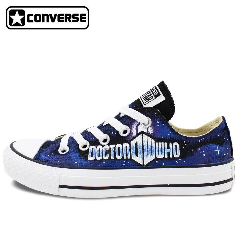 Prix pour Low Top Converse All Star Chaussures Peintes à la main Design Personnalisé Galaxy Hommes Femmes Toile Sneakers Unique Cadeaux