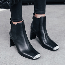 ISNOM/ботильоны на высоком каблуке; женская обувь из змеиной кожи; ботинки из коровьей кожи; модная прошитая обувь с квадратным носком; женская зимняя обувь