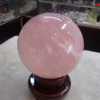 Genuine natural pink crystal ball pink crystal powder ball ornaments fidelity send base