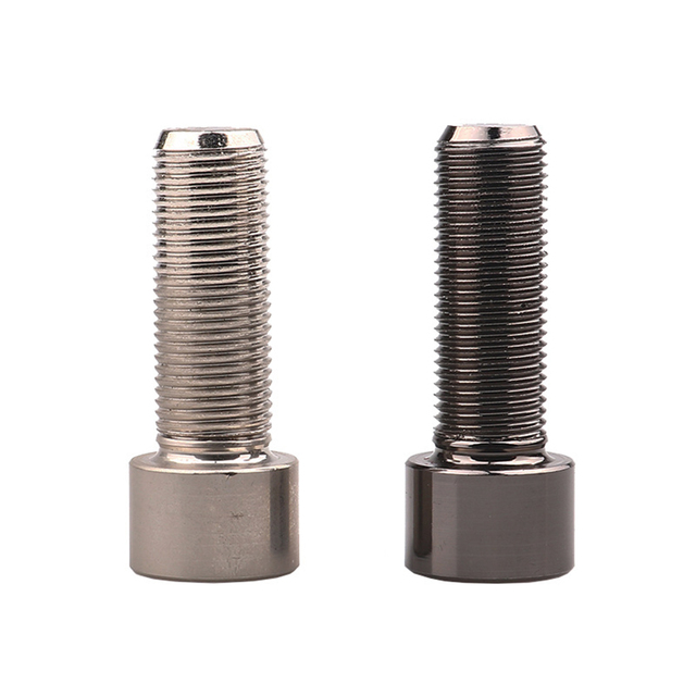 1pcs New Creative Screw Shaped Mini Metal Pill Storage Containers