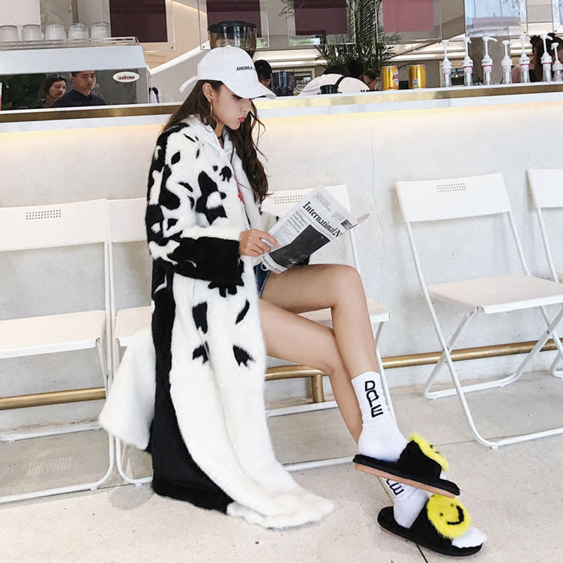 Manteau Manteaux Coloré Beige Impression M Y Manches Perte cou Fansty X D'importation long 2017 Fourrure Vison Lait Réel De D'hiver Femmes O Fleur 8YgY1B