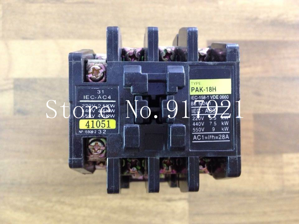 [ZOB] Japanese households on the PAK-18H AC contactor 28A 220V 41051 genuine original --3pcs/lot [zob] japan s yaskawa h1 7e5ns 220v 4a 20a yaskawa ac contactor genuine original 3pcs lot