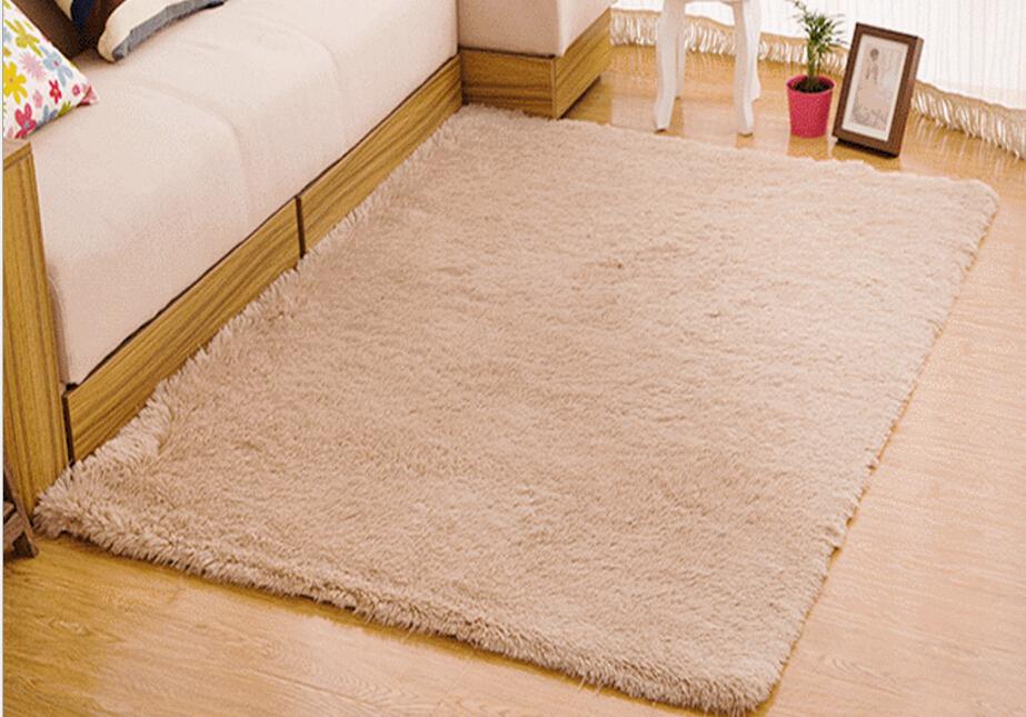 Living Room Carpet European Fluffy Mat Kids Room Rug Bedroom Mat Antiskid Soft Faux Fur Area Rug Rectangle Mats Gray Red Green 12