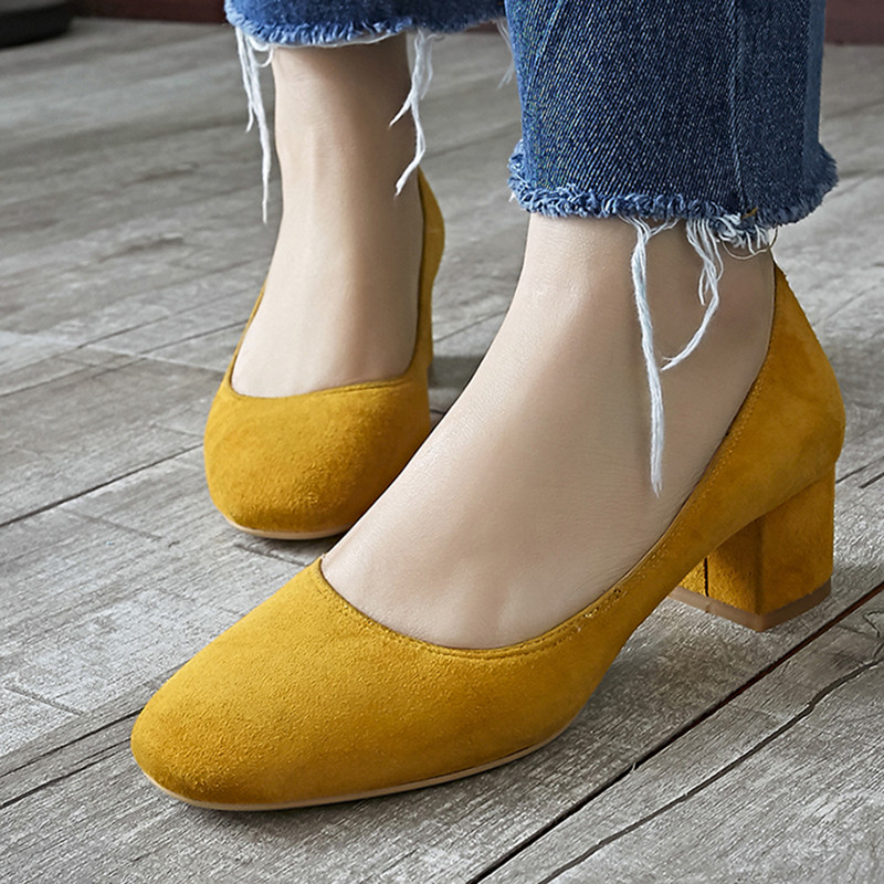 4 Color Women's Med Heel Comfort Pumps Brand Designer Round Toe OL Style Retro Natural Leather Vintage High Heels Shoes Women high quality iron wire frame sun glasses women retro vintage 51mm round sn2180 men women brand designer lunettes oculos de sol