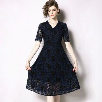 e021cb661 2019 verano vestido de encaje de las mujeres casuales de moda cuello en V  Sexy azul Vestidos Oficina dama vestido Vintage Vestidos TA6640