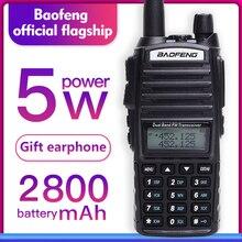 Baofeng UV 82 Walkie Talkie 5 W Doppio PTT UHF e VHF ham Radio 2 Way Radio Per La Caccia Tracker Woki toki Ham CB Radio Station UV 82