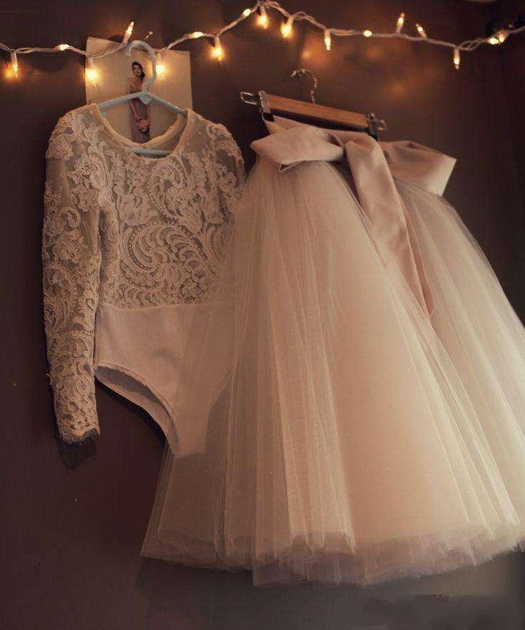 Vintage Two Pieces Bodysuit Girls Dress Jewel Lace Appliques Bow Tulle  Champagne Wedding Long Sleeve Flower Girl Dress